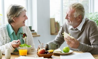 3 Great Eating Habits While Wearing Dentures - South Calgary dentures and Implants Clinic - Implants and DenturesCalgary
